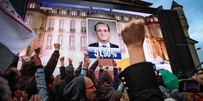 A 20 heures, le 6 mai 2012, à l'annonce des résultats de l'élection présidentielle, à Tulle.