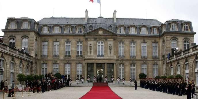 Le palais de l'Elysée, le jour de la passation de pouvoir du 16 mai 2007.