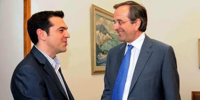Alexis Tsipras, le chef de la Gauche radicale (à gauche), et Antonis Samaras (à droite).