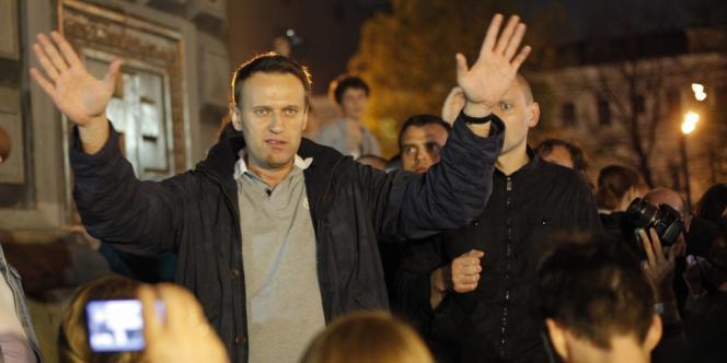 Alexeï Navalny a été interpellé après avoir réuni quelques centaines de partisans près du Kremlin, le 8 mai 2012.