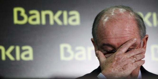 Le gouvernement a annoncé, le 9 mai, qu'il allait prendre le contrôle de Bankia en transformant en participation la dette de 4,465 milliards d'euros contractée en décembre 2010 envers l'Etat à travers un prêt public (ici, l'ancien président de Bankia, Rodrigo Rato).