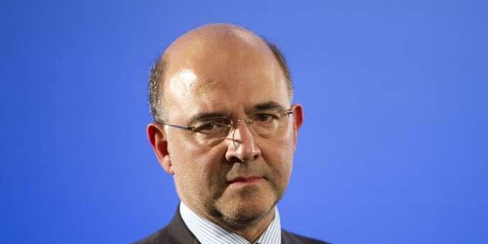 Pierre Moscovici, compte Il compte sur une croissance économique de 0,8 % l'an prochain.
