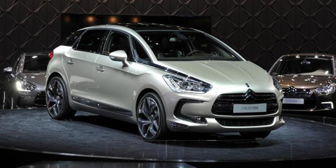 La DS5, de Citroën, est la voiture choisie par François Hollande, en version hybride.