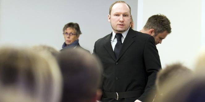 Anders Behring Breivik, face à l'audience venue assister à la seizième journée de son procès.