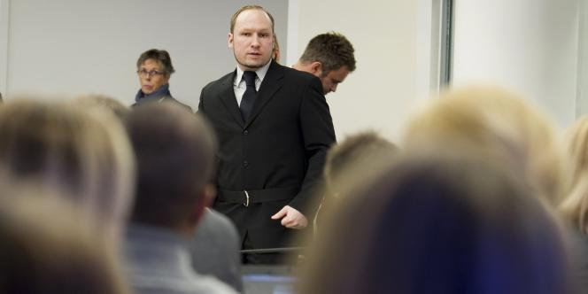 Breivik, le 10 mai, au tribunal à Oslo.