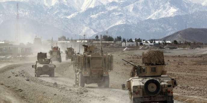 Alors que les Etats-Unis et ses alliés quittent l'Afghanistan, les attaques contre les soldats et les civils se multiplient.