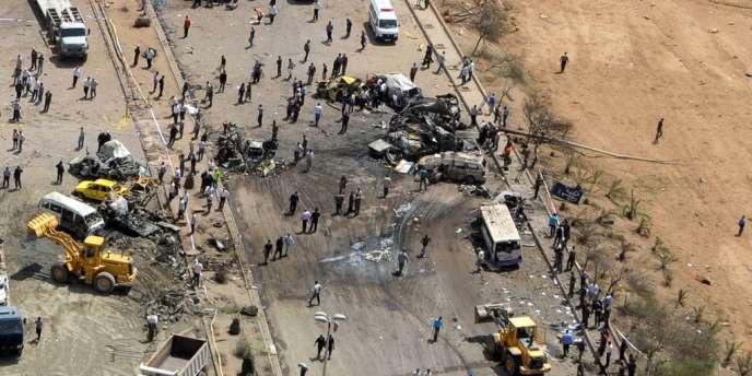 L'endroit où ont explosé deux bombes, dans la banlieue sud de Damas, le 10 mai. L'attentat a fait 55 morts et 372 blessés.