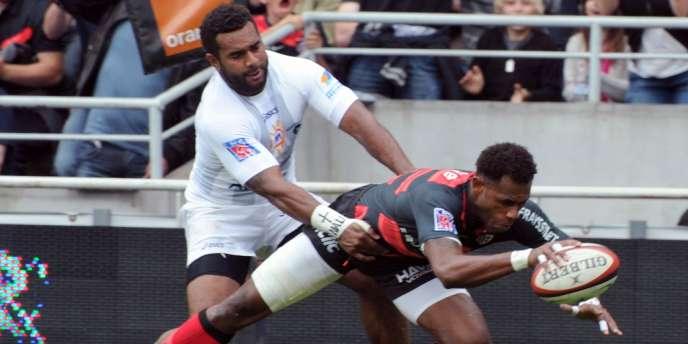 Matanavu échappe à la défense héraultaise, Toulouse bat Montpellier lors de la dernière journée de la saison régulière.