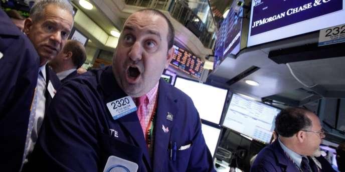 Dans le sillage de l'action JPMorgan, les valeurs bancaires ont dévissé, vendredi 11 mai, à Wall Street.