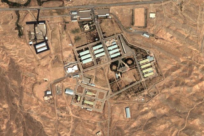 Vue satellite du complexe nucléaire de Parchin, en Iran, en août 2004.