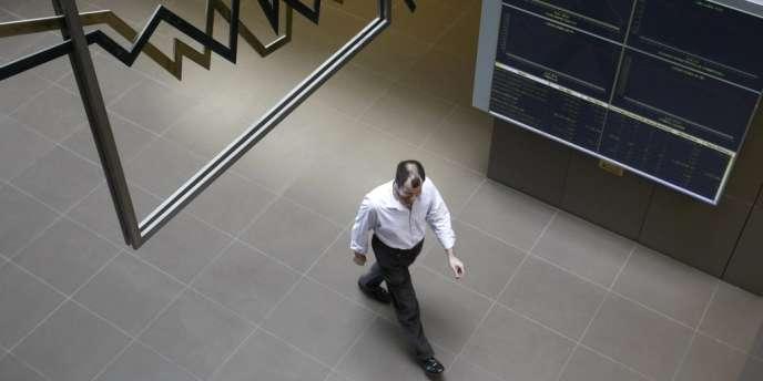 La fin de la politique d'injection de liquidité de la Banque centrale américaine inquiète les marchés.