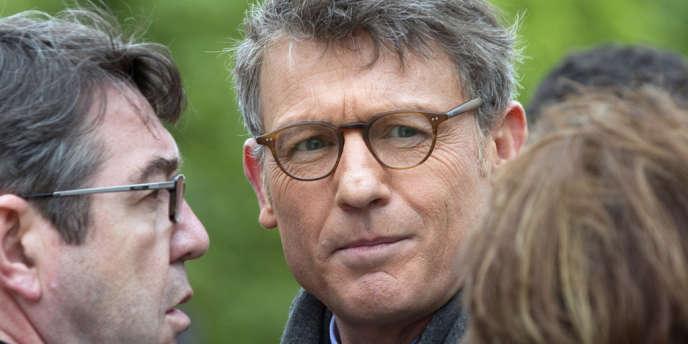 Vincent Peillon, lors de l'hommage rendu par François Hollande à Jules Ferry, mardi 15 mai, dans le jardin des Tuileries à Paris.