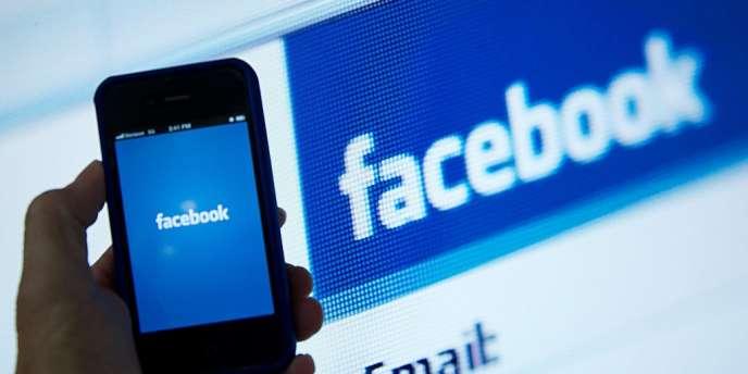 Un internaute qui déclare aimer une marque sur sa page Facebook peut sensibiliser ses amis.