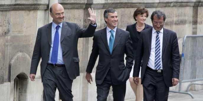 Le ministre des finances, Pierre Moscovici, et le ministre démissionnaire du budget, Jerome Cahuzac.