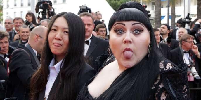 La chanteuse Beth Ditto et sa compagne Kristen au Festival de Cannes, le 17 mai 2012.
