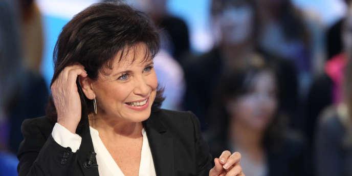 Anne Sinclair au Grand journal  de Canal + le 12 mars