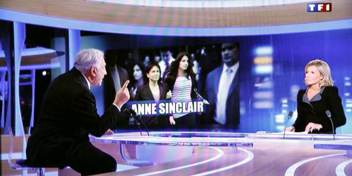 Le 18 septembre 2011, Claire Chazal, amie d'Anne Sinclair, reçoit DSK sur TF1.