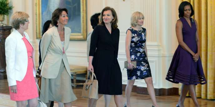 La première dame de France, Valérie Treirweiler, a fait ses premiers pas à la Maison Blanche, samedi 19 mai 2012.