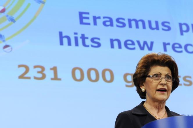 La commissaire européenne chargée de la culture, Androulla Vassiliou, lors d'une conférence de presse à Bruxelles, le 8 mai 2012.