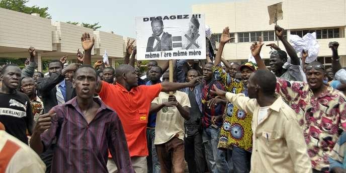 Des Maliens manifestaient lundi 21 mai à Bamako contre l'accord de transition conclu entre la junte militaire, les autorités intérimaires et la Cédéao.