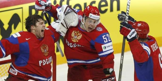 La Russie l'emporte 6 à 2 face à la Slovaquie.