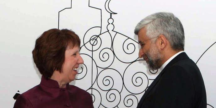 Catherine Ashton et le négociateur principal de Téhéran pour le dossier nucléaire,Saïd Jalili, le 23 mai à Bagdad.