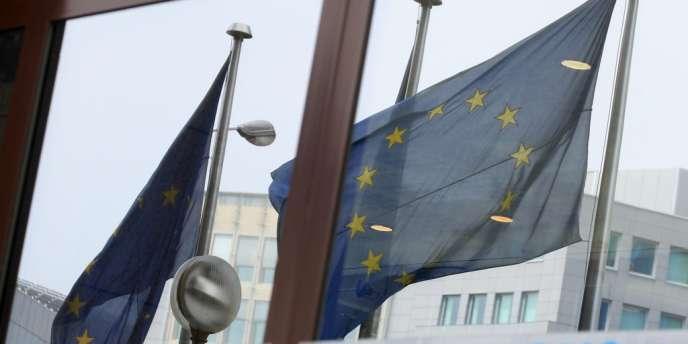 Les chefs d'Etat et de gouvernement des Vingt-sept se réunissent à Bruxelles de manière informelle pour préparer le sommet européen de juin prochain.