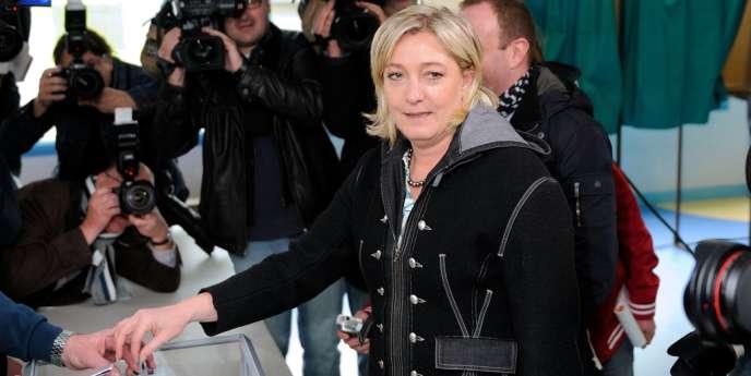 Marine Le Pen le 6 mai à Hénin-Beaumont.