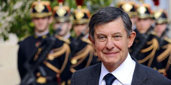 Jean-Pierre Jouyet nommé directeur général de la Caisse des dépôts et consignations le 18 juillet.