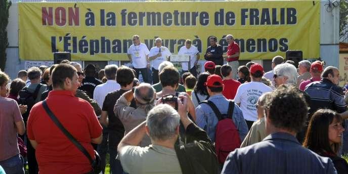A l'usine Fralib de Gemenos, le 11 mai 2012 : les salariés occupent le site depuis le 11 mai 2012.