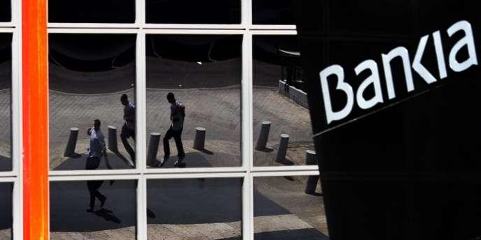 Bankia a renoué avec les bénéfices au premier trimestre 2013 et récupéré de la valeur en Bourse. Sa vente devrait permettre au gouvernement espagnol de récupérer une partie des 24 milliards d'euros d'argent public qu'elle a engloutis.