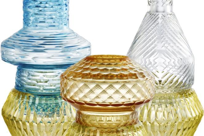 Vases en cristal, collection  Variations,  Patricia Urquiola pour Baccarat.  Prix sur demande. www.baccarat.com
