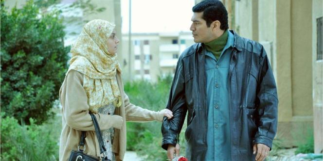 Fayza, l'une des héroïnes du film de Mohamed Diab, est harcelée quotidiennement dans le bus qu'elle prend pour aller travailler.