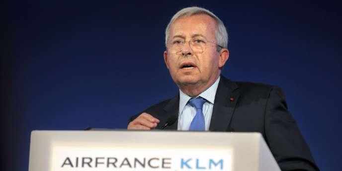 M. Gourgeon avait cédé sa place à Alexandre de Juniac, réputé proche de l'ancien président de la république, Nicolas Sarkozy.