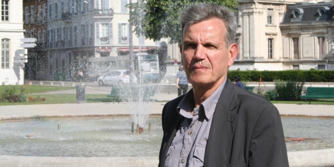 Raymond Avrillier à Grenoble le 30 mai 2012.