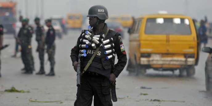 Le 8 mars, deux otages, un Italien et un Britannique, avaient été tués au Nigeria dans un raid controversé visant à les libérer à Sokoto, dans l'extrême nord-ouest du Nigeria, où ils étaient détenus depuis mai 2011.