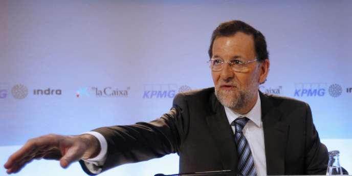 Le chef du gouvernement espagnol Mariano Rajoy s'est dit convaincu que son pays sortirait de la crise actuelle grâce à