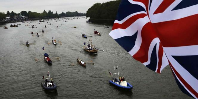 Une partie de la contraction pourrait être liée à la perte d'activité à cause du jour férié supplémentaire accordé début juin pour les festivités du Jubilé de diamant de la reine Elizabeth II.