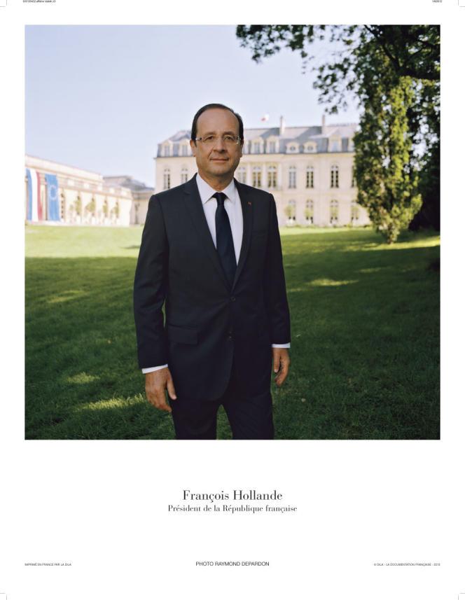 Le portrait officiel de François Hollande, 24e président de la République