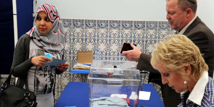 L'UMP obtient plutôt de mauvais résultats au premier tour, avancé, des législatives dans les circonscriptions des Français de l'étranger.