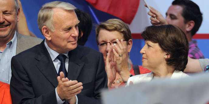 Le premier ministre Jean-Marc Ayrault et la première secrétaire du PS Martine Aubry, le 2 juin à Nantes