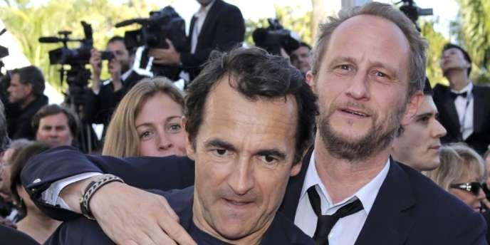 Les acteurs Albert Dupontel et Benoît Poelvoorde au 65e Festival de Cannes, le 22 mai 2012.