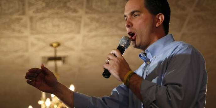 Scott Walker, le gouverneur Tea Party du Wisconsin, risque la destitution le 5 juin.