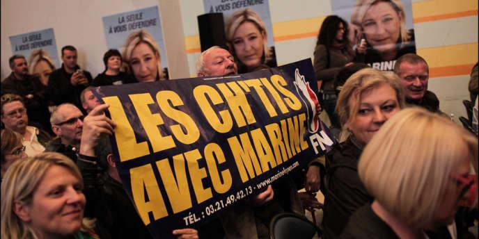 Lors d'un meeting de Marine Le Pen à Hénin-Beaumont (Pas-de-Calais), le 4 juin 2013, dans le cadre de sa campagne pour les législatives.