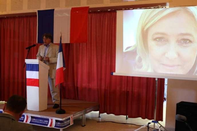 Le candidat pour le FN, Gilbert Collard, en meeting à Gallician, le 11 mai.