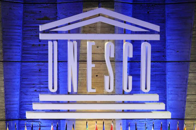Le logo de l'Unesco au siège de l'organisation en septembre 2011.