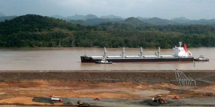 Après avoir été suspendus, les travaux d'élargissement du canal de Panama ont repris mercredi 5 février.