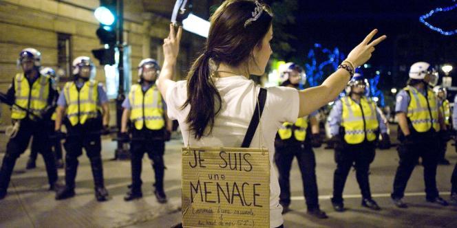 Une étudiante québécoise manifeste à Montréal, le 31 mai.