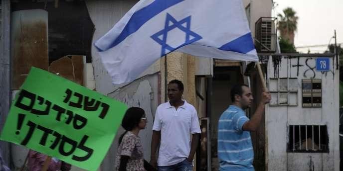 A Tel-Aviv, une manifestation contre les immigrés africains, le 30 mai.