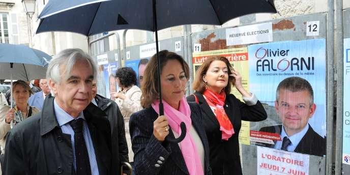 Ségolène Royal à La Rochelle, dimanche, accompagnée du maire de la ville Maxime Bono.